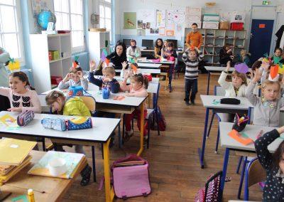 Катерина Бабкіна в українській школі Святого Володимира в Парижі