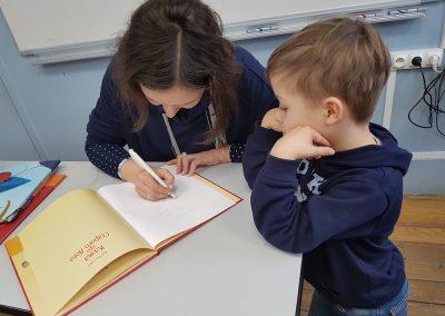 Мар'яна Савка в українській школі Святого Володимира в Парижі