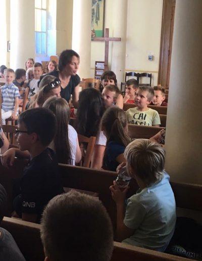 Ірена Карпа в українській школі Святого Володимира в Парижі